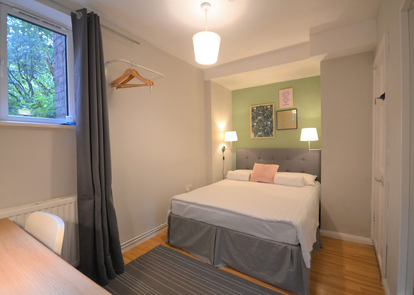 PRIVATE DOUBLE ENSUITE ROOM in Chicksand Brick Lane